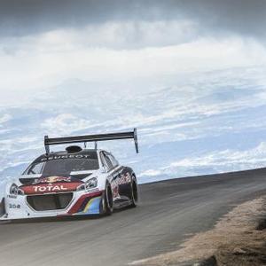 Loeb y el Peugeot 208 T16 baten el récord de Pikes Peak